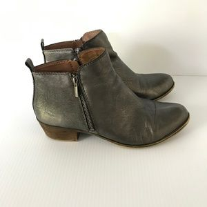 LUCKY BRAND Basel Pewter Leather Side Zip Booties